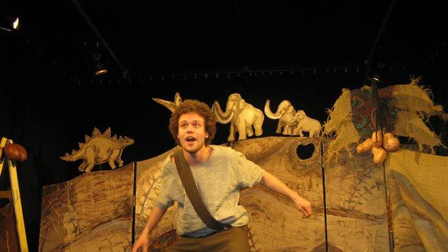 Divadlo Tramtarie: O pračlovíčkovi