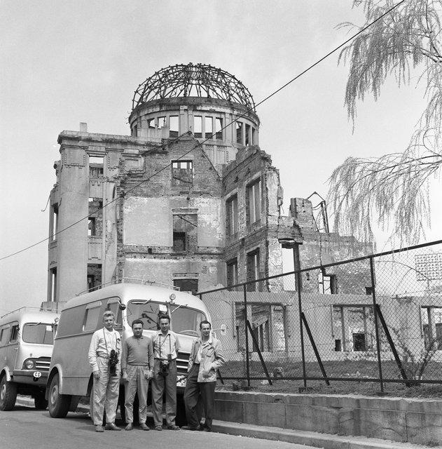 Japonsko kamerou Miroslava Zikmunda a Jiřího Hanzelky v roce 1963