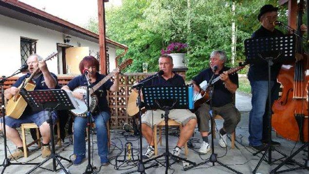 RUMTORÁD - country kapela