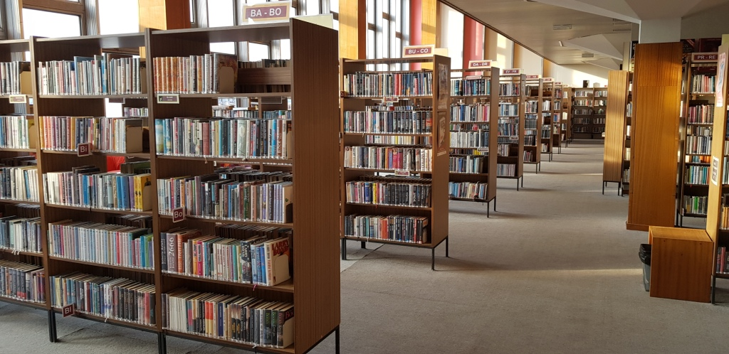 výpůjční prostor knihovny