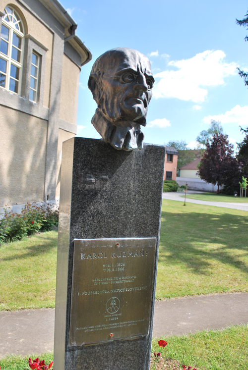 Socha Karola Kuzmányho