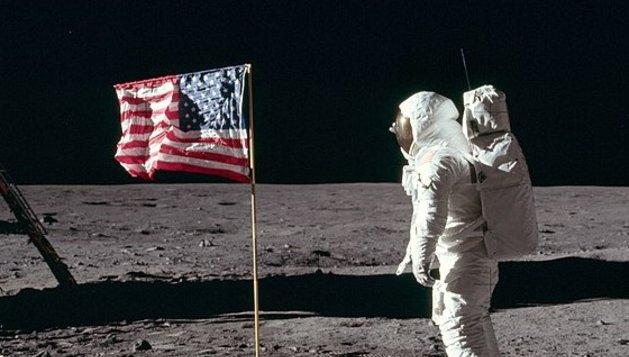 FG: Apollo 11