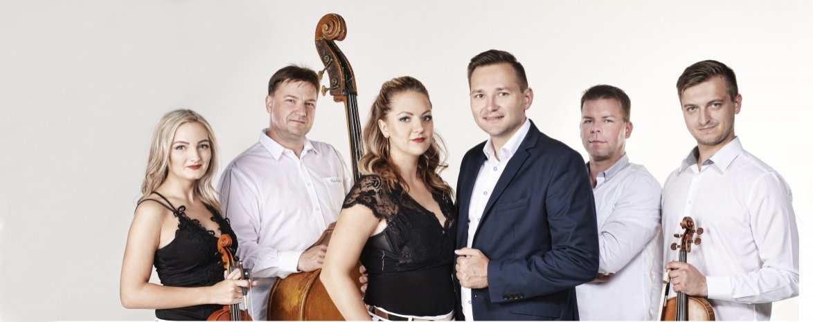 Veronika a Vašek Řihákovi & W-Band