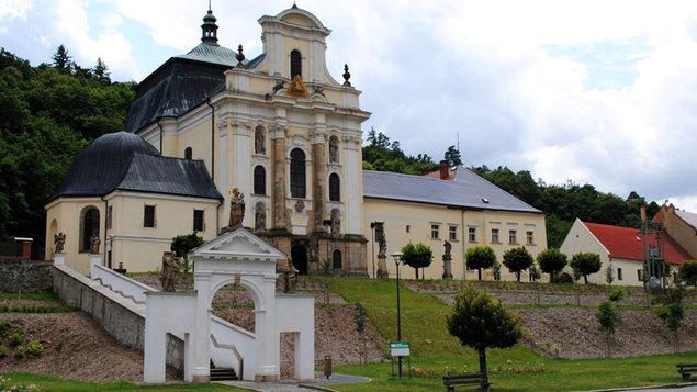 Církevní turistika
