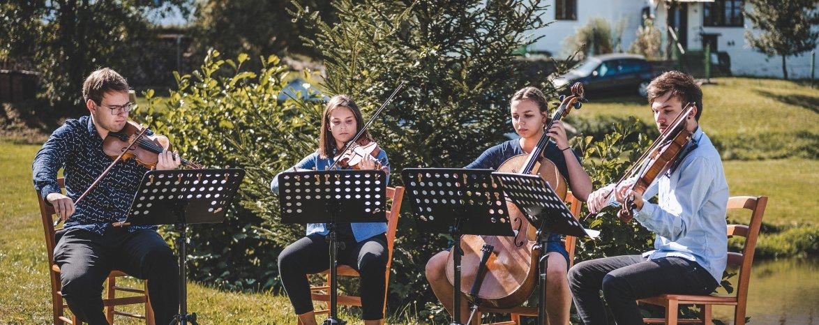 KONCERT NA SLÁMĚ se Sharen Quartet