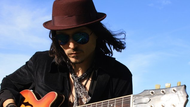 Troy Redfern & The Bladderstones