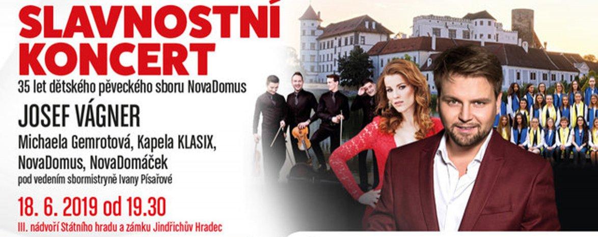 Slavnostní koncert Josefa Vágnera, Michaely Gemrotové, kapely Klasix a sborů NovaDomus a NovaDomáček