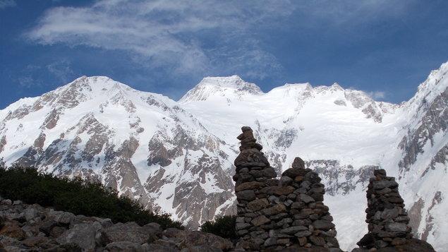 Na vrcholu Nanga Parbat (8126m) - Pavel Burda