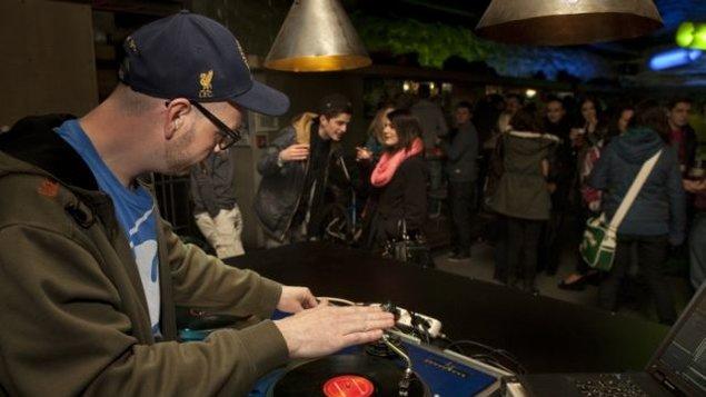 Hudba v atriu - DJ's party: Przema, Dareba