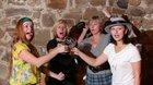DIVADLO SCHOD: Valašské vdovy snadějí