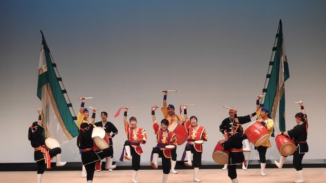 Eigasai: Eisa – bubenická show, Divadlo kjógen, Yosakoi