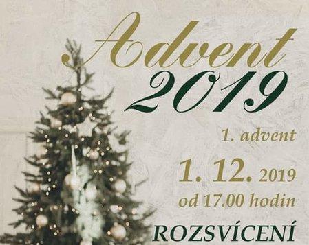 Advent 2019 - 1. advent - rozsvícení vánočního stromu