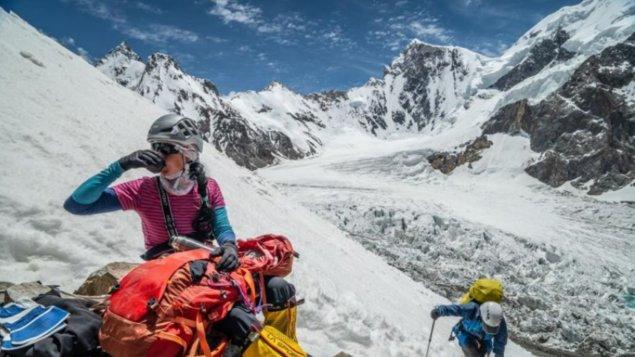 K2 vlastní cestou + hosté: režisérka Jana Počtová a horolezkyně Klára Kolouchová