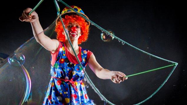 Bublinový Karneval Divadla Kejkle