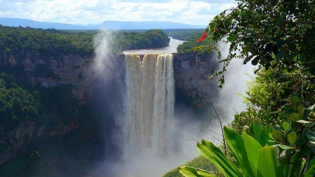 Cestovateľský klub: TOBAGO, SURINAM, FRANCÚZSKA GUAYANA