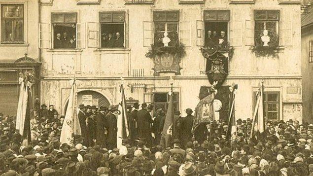 Debata u kulatého stolu k 100. výročí vzniku Československé republiky