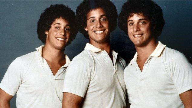 Tři blízcí neznámí