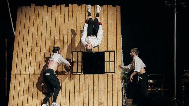 Nový cirkus - YOUNÁK