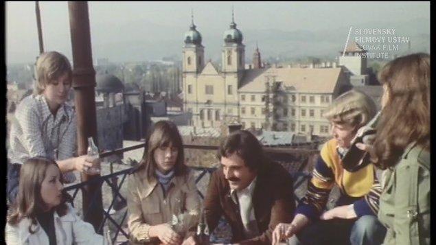 LETNÉ KINO - Smoliari (Hudobná komédia natočená v Trenčíne)