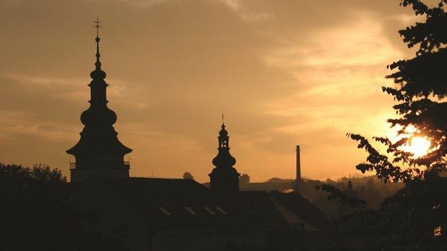 Večerní vyhlídka z věže sv. Bartoloměje