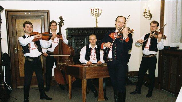Cimbálová muzika Aleše Smutného