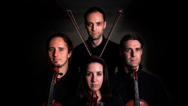 Půlstoletí slávy s Queen- smyčcový kvartet YOLO