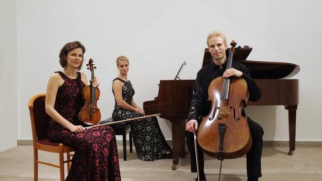 Kinsky Trio Prague ~ ODLOŽENO
