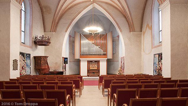 Pocta kontrabasu a harfě