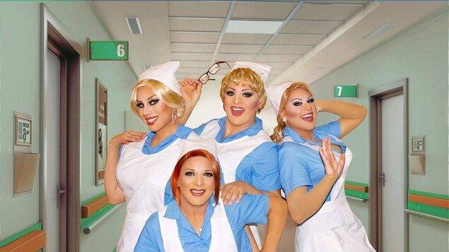 Travesti show Nemocnice na pokraji zkázy