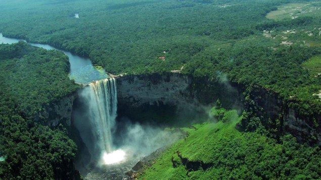 Jozef Ludvik: Tobago, Surinam, Francúzska Guayana