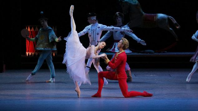 Louskáček (záznam z Bolšoj baletu, Moskva) + vystoupení ZUŠ