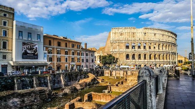 Pět zemí a pěšky do Říma