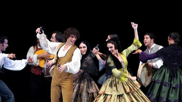 Danzar al aire español | Suite Flamenca