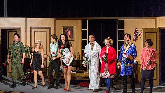 Zamilovaný sukničkář (Divadlo Háta)