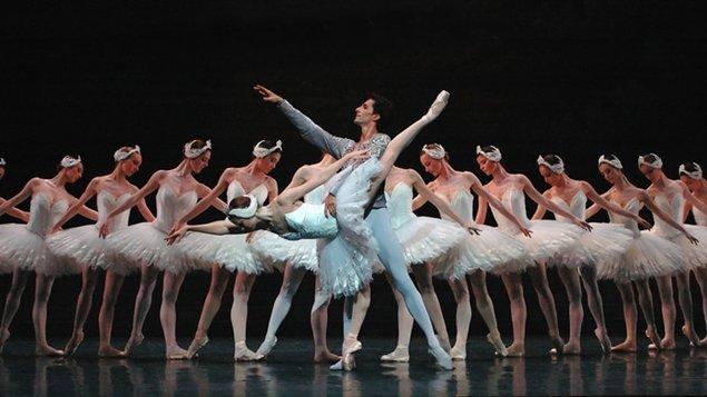 Labutí jezero – Opera de Paris