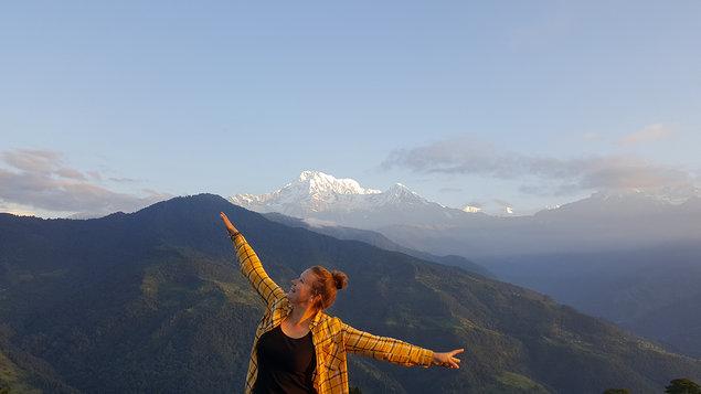 Cestou necestou Nepálem: Eliška Salvová